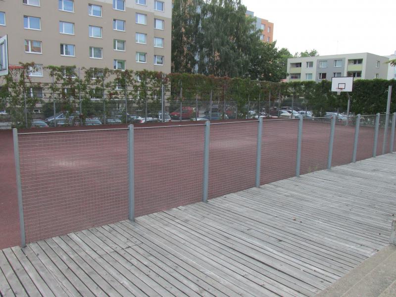 obrázek k Hřiště na Komenského náměstí
