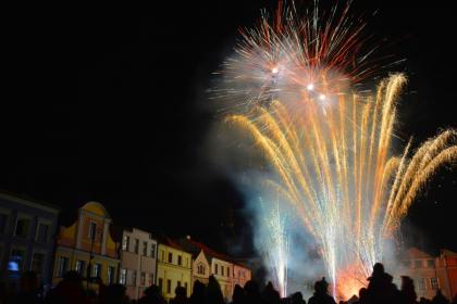 Městská oslava Silvestra se ruší, Andělský advent bude netradiční