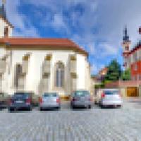 Toulovcovo náměstí