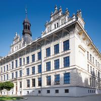obrázek k Novorenesanční budova z roku 1907, dnes sídlo Vyšší odborné školy pedagogické a Střední pedagogické školy