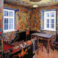obrázek k Josef Váchal vyzdobil pro svého přítele Portmana dvě místnosti nástěnnými malbami a vybavil je vlastnoručně vyřezaným nábytkem, dnes je zde Portmoneum - museum Josefa Váchala