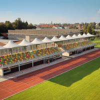 Tribuna letního stadionu Černá hora